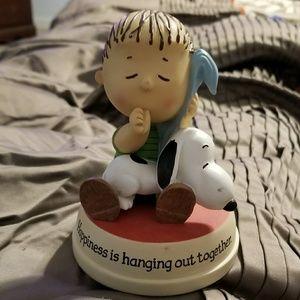 """Hallmark Peanuts 2010 Snoopy & Linus 5"""" Figure"""